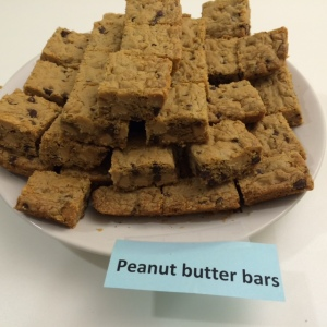 Peanut butter bars with peanut butter and chocolate chips